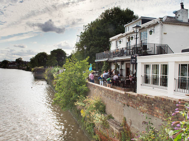 london's best barbecues, the old ship