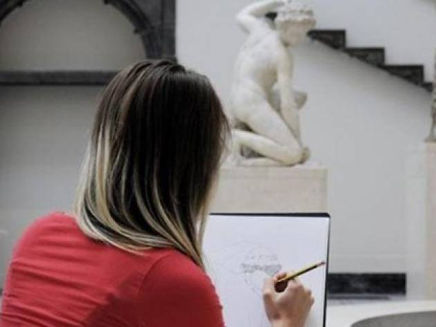 A drawing workshop at the V&A