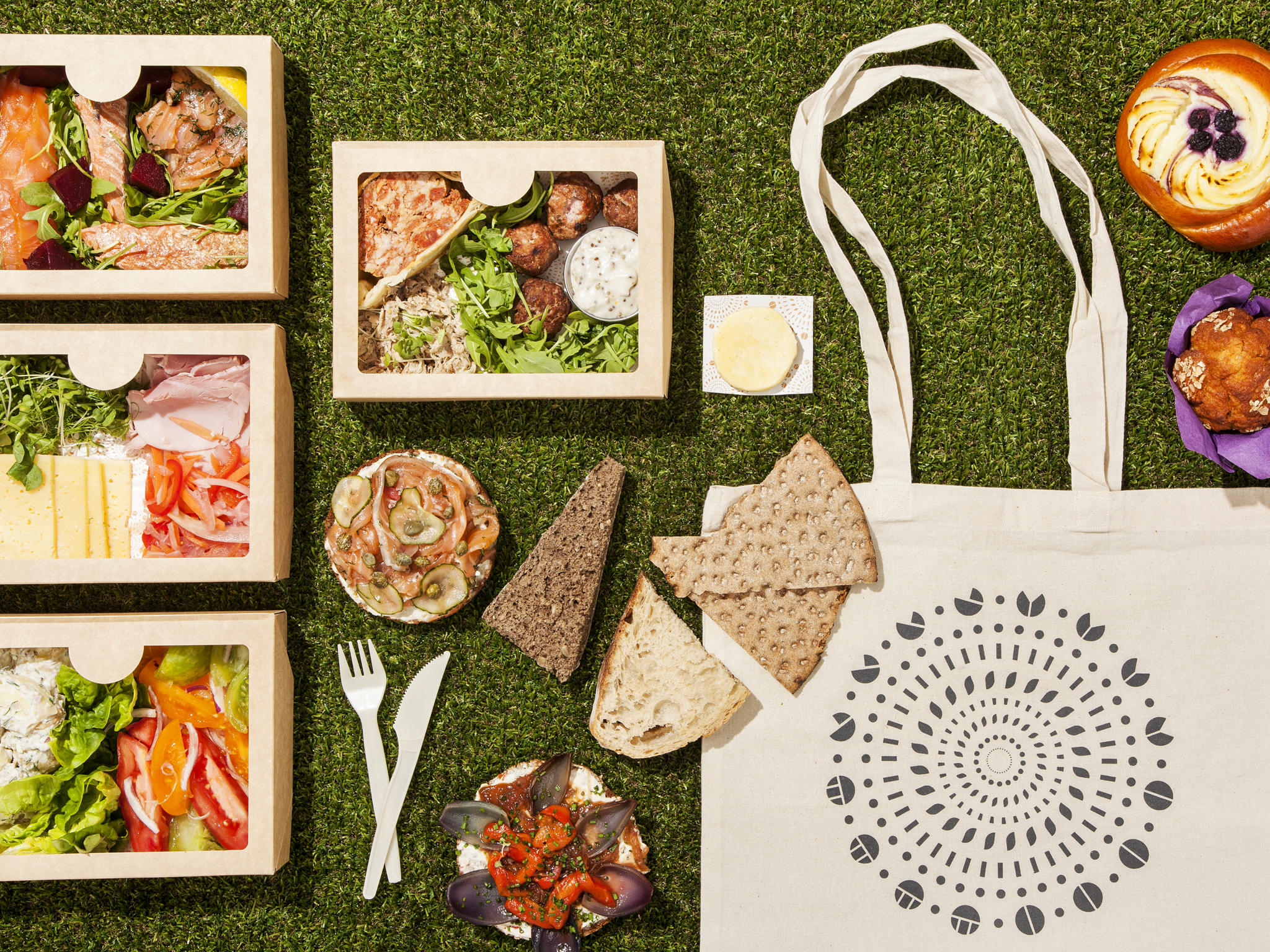 the best picnic hampers in london