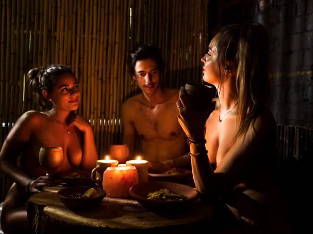 Naked restaurant nu à poils Londres