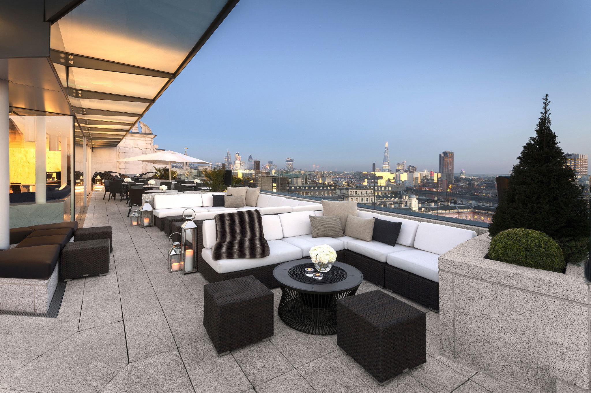 London's best bars with a view, radio rooftop bar