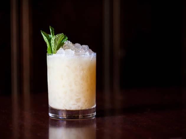 How to make a mai tai