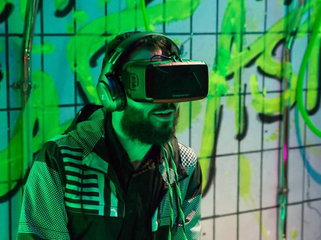 Down the Rabbit Hole: Virtual Reality at the Hub