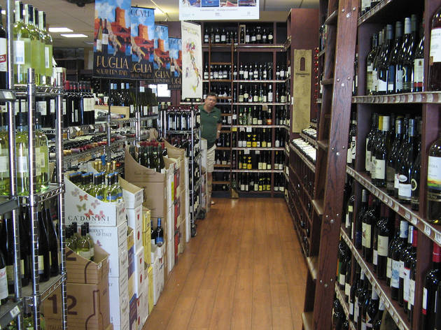 Best Wine Stores In Nyc For Wine Tasting And Well Stocked