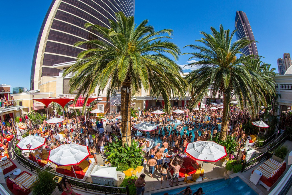 The 10 best pools in Vegas