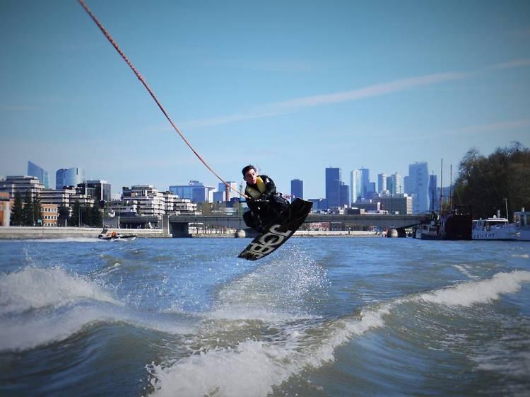 Faire du Air Chair sur la Seine
