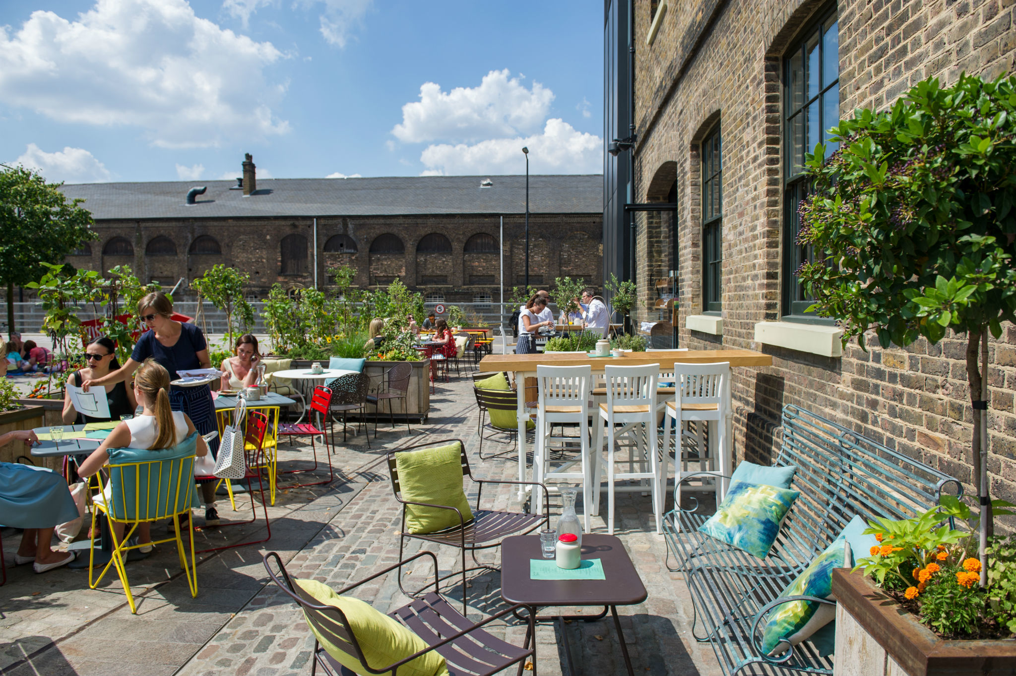 Amazing outdoor dining in London