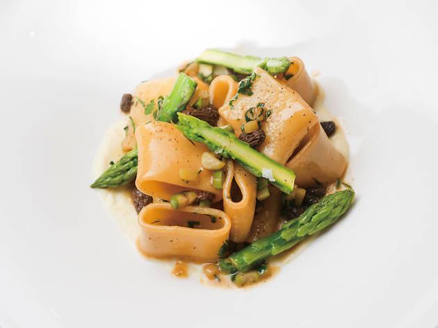Paccheri with asparagus, morel mushrooms and parmesan fondue
