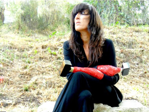 Agnès Mateus, kicking our asses