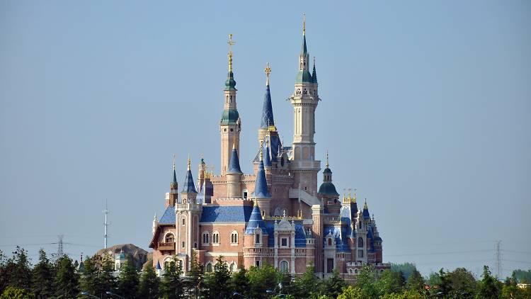 Enchanted Storybook Castle of Shanghai Disneyland