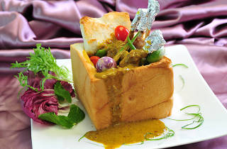 Cloudland Chinese Cuisine's Malaysian Curry Pork Shank in Bread Box