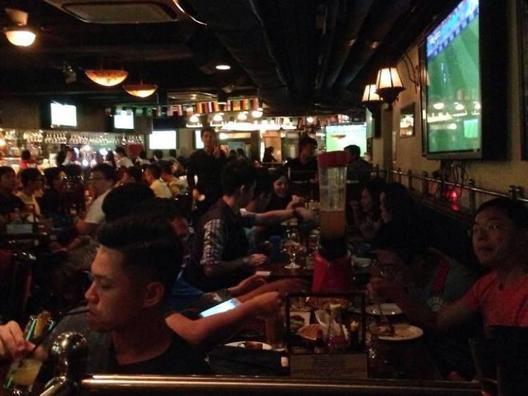 The Barn II Pub & Restaurant (Causeway Bay)
