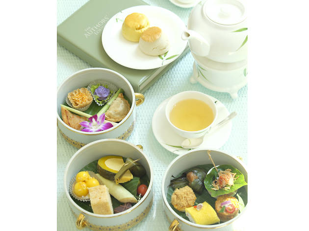 The Oriental afternoon tea set at Mandarin Oriental Bangkok