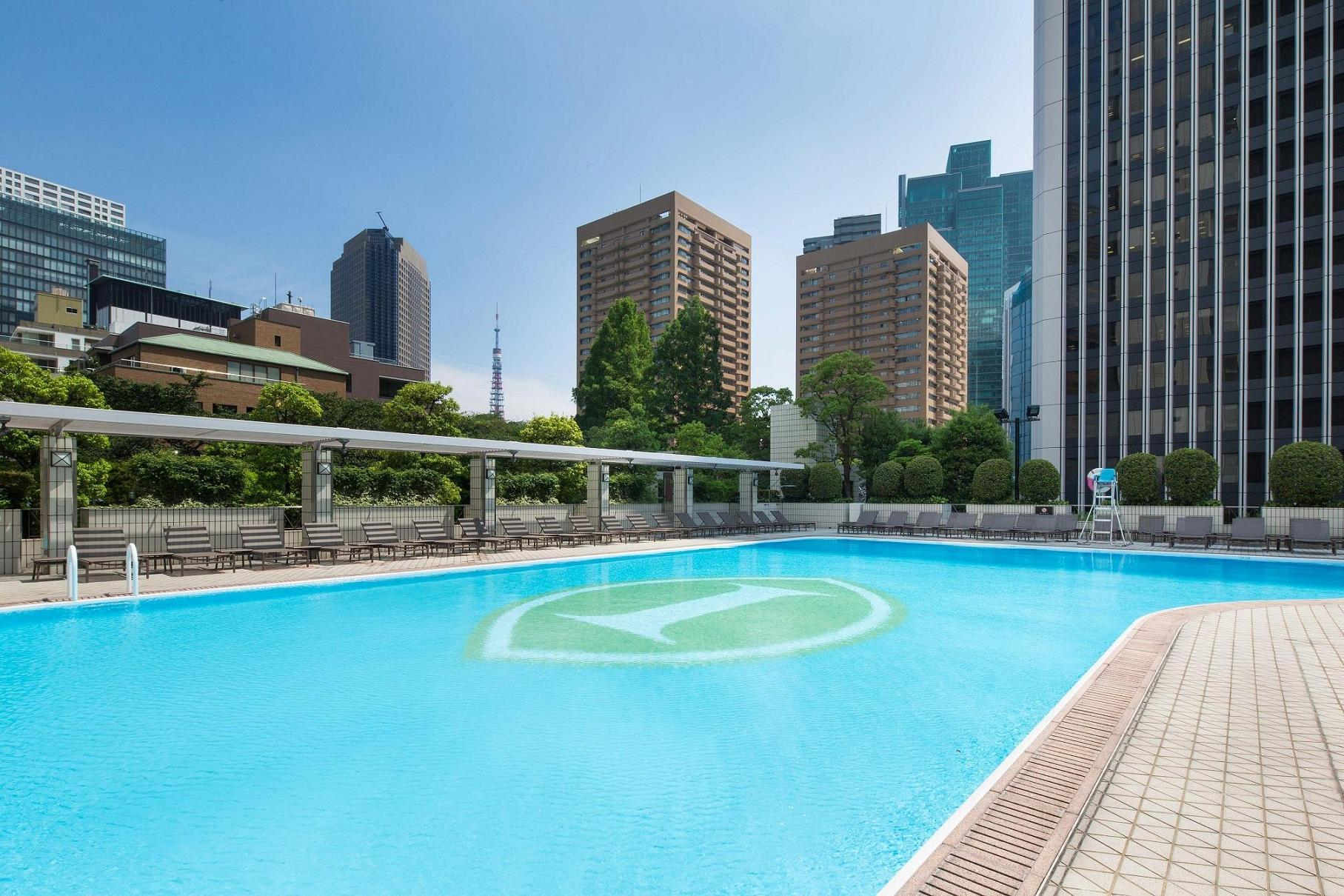 Garden pool at ana intercontinental tokyo things to do - Luxury hotels in madrid with swimming pool ...
