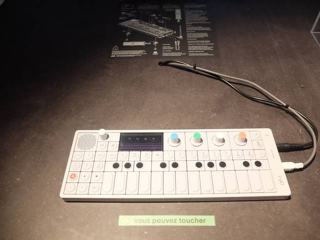 (Synthé numérique OP-1 de Teenage Engineering © Nicolas Hecht)