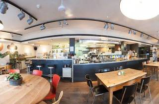 Cafe Henrici