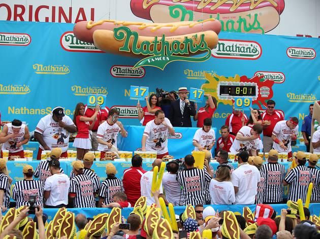 The full guide to Nathan's Hot Dog Eating Contest 2016