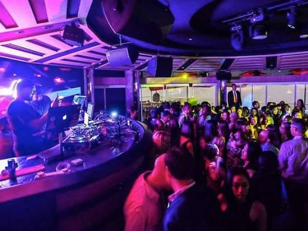 Exposé ft. DJ Lucky & MC AK