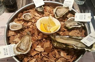 Greenwood fish market, oysters