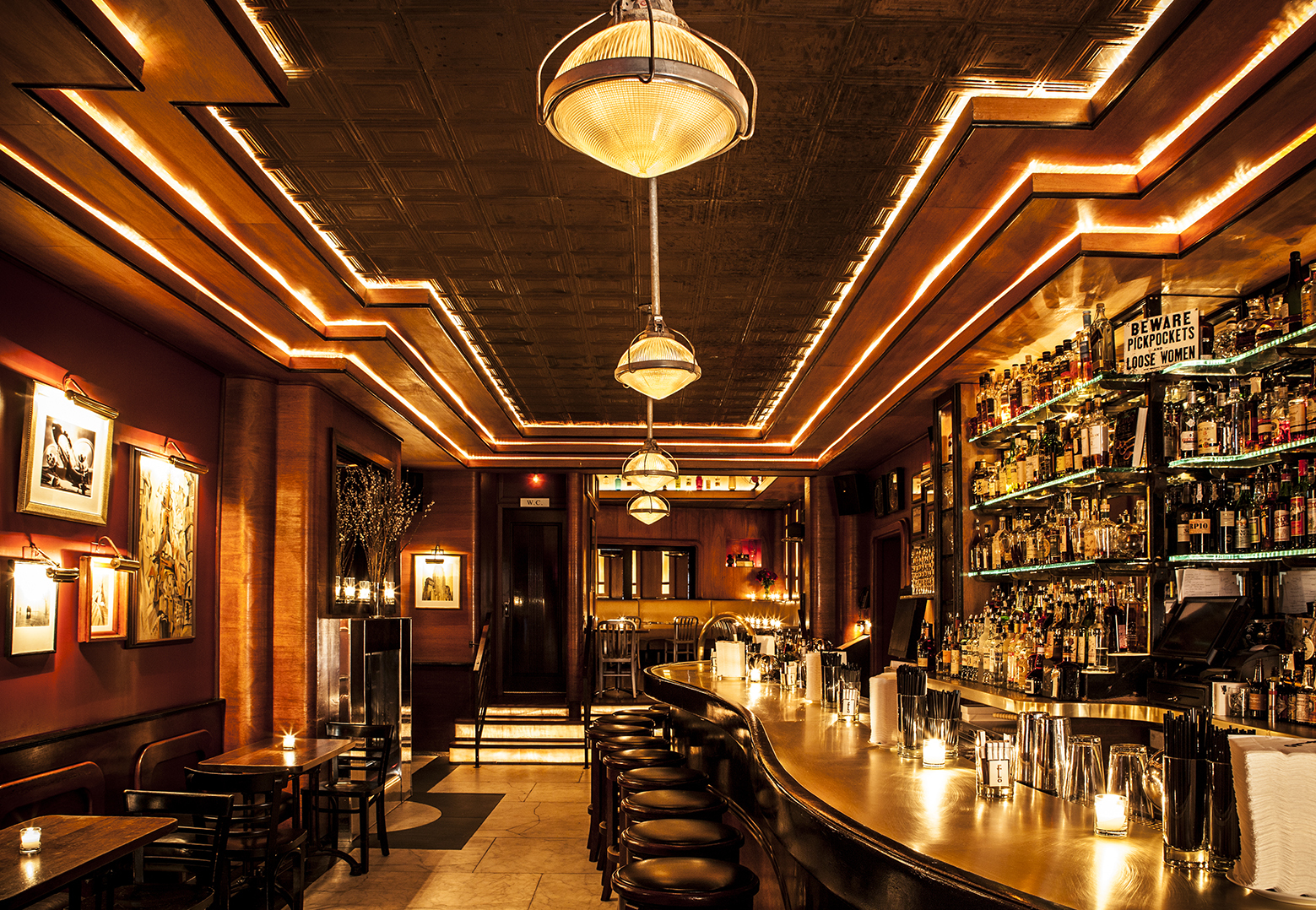 Best bars to go to alone in nyc when you literally can 39 t even for Bares en ciudad jardin