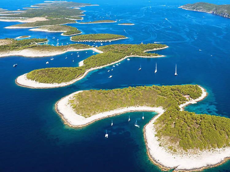 Sail the Pakleni Islands
