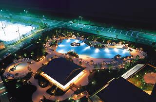 Hilton Tokyo Bay Garden Pool