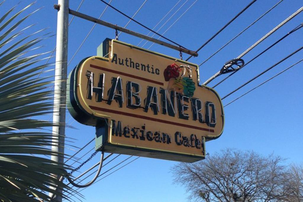 Habanero Mexican Café