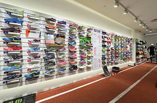 Running Lab   Shopping in Kent Ridge