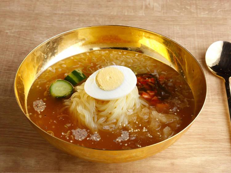 Cold soba noodles at Yakiniku Futago HK