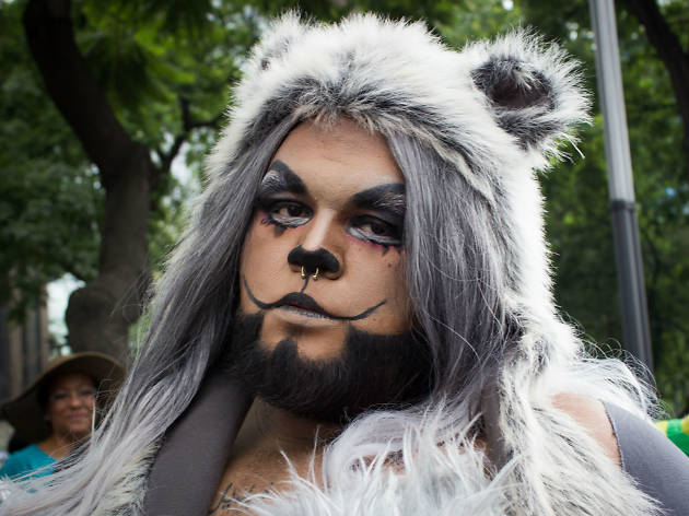 oso drag en la Marcha del Orgullo LGBTTTI en la CDMX