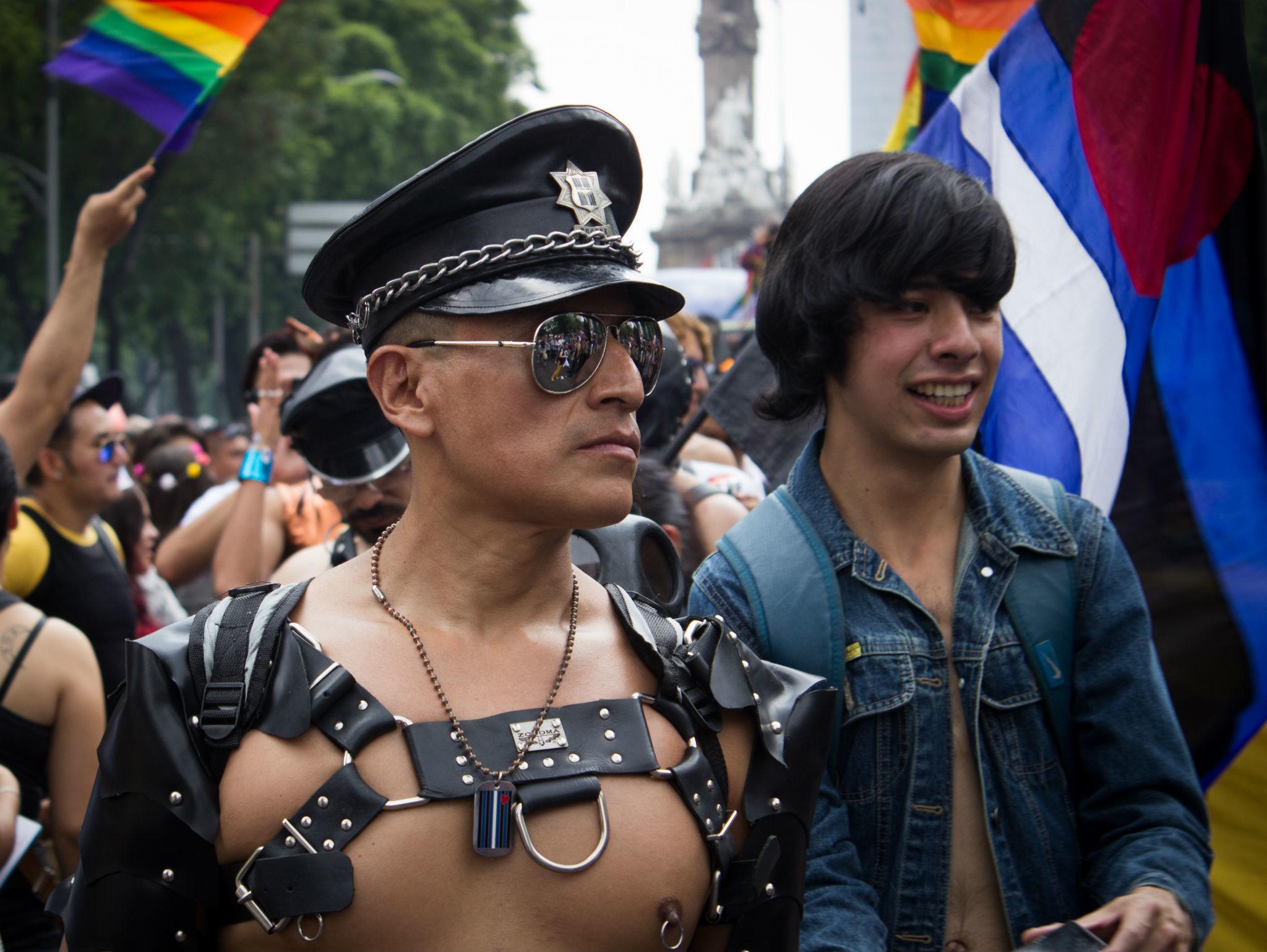 Leathers en la Marcha del Orgullo LGBTTTI en la CDMX