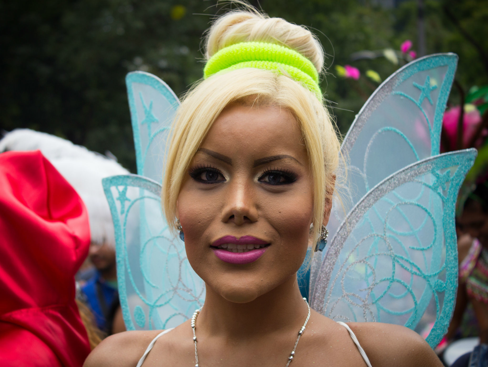 Campanita en la Marcha del Orgullo LGBTTTI en la CDMX
