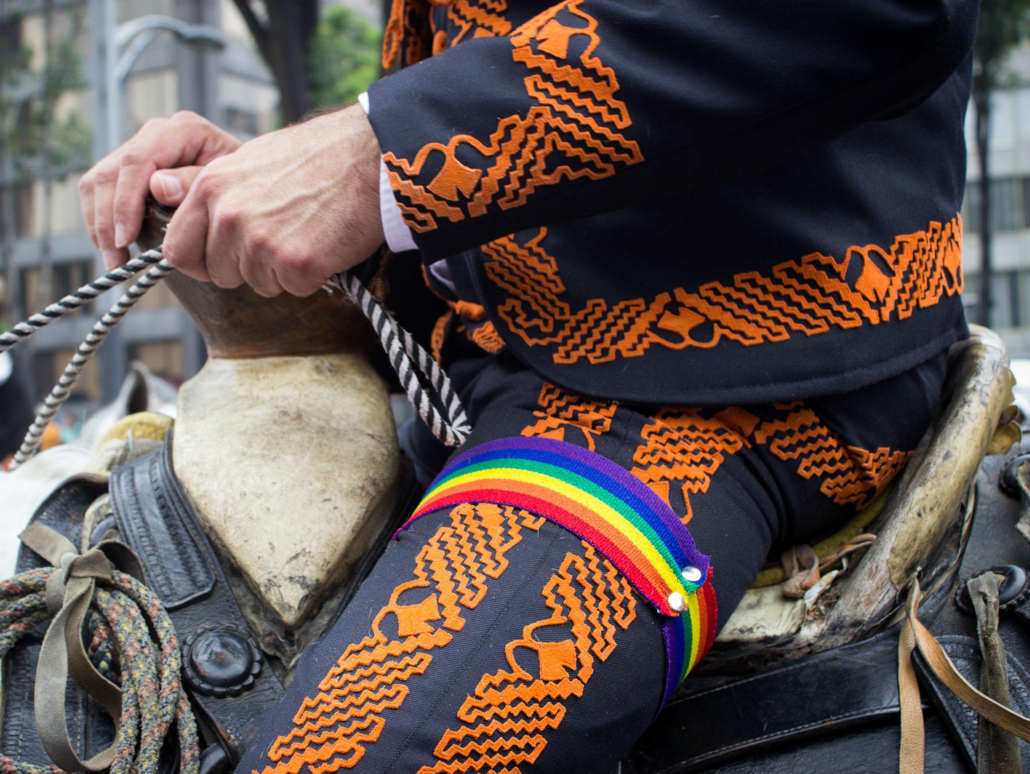 Vaqueros en la Marcha del Orgullo LGBTTTI en la CDMX