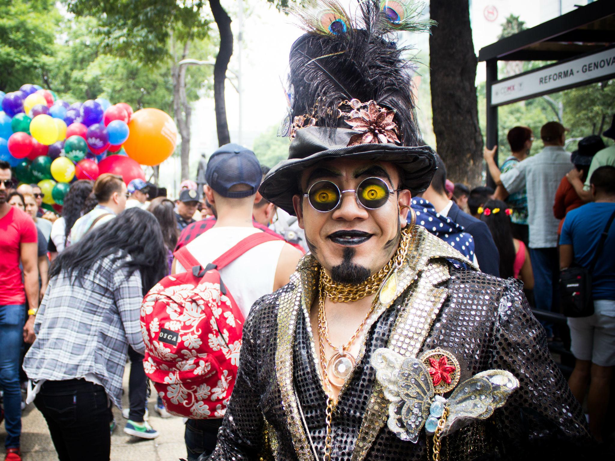 Atuendos en la Marcha del Orgullo LGBTTTI en la CDMX