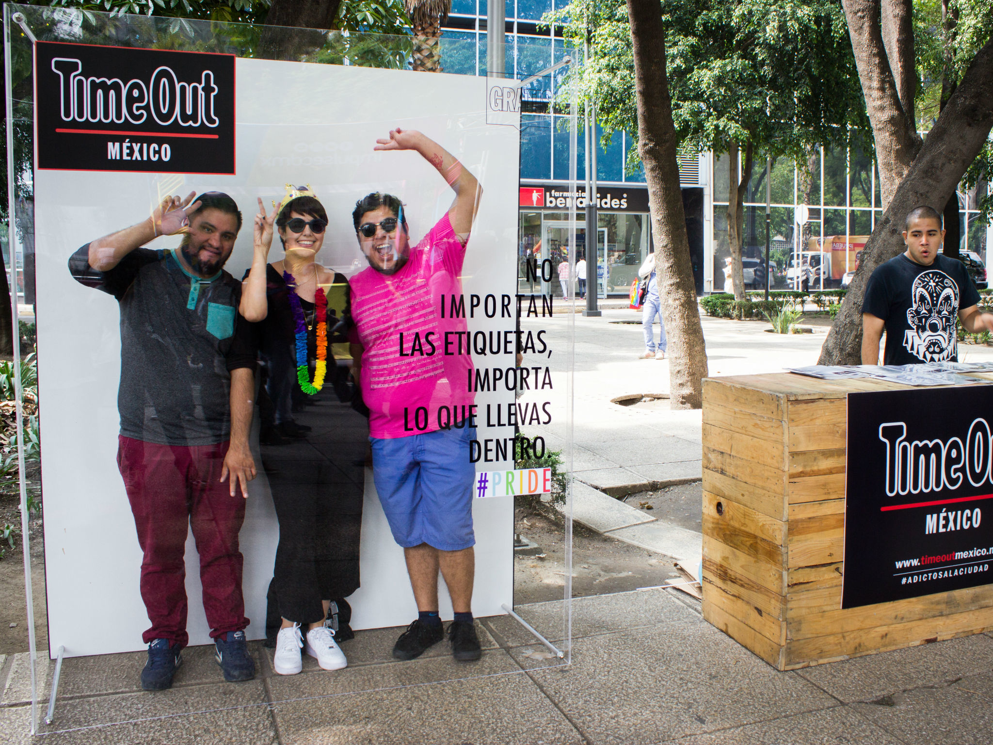 La Portada de Time Out Junio en la Marcha del Orgullo LGBTTTI en la CDMX