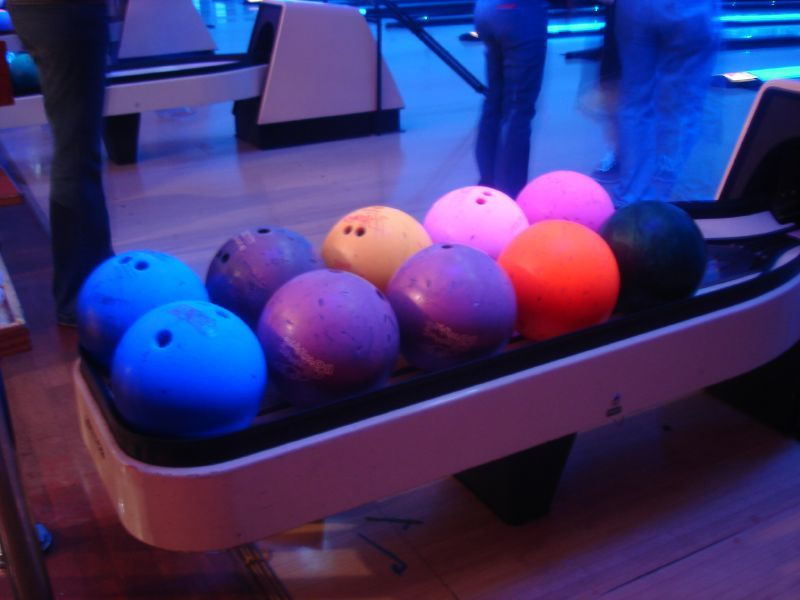 THURSDAYS: Bowlerama!