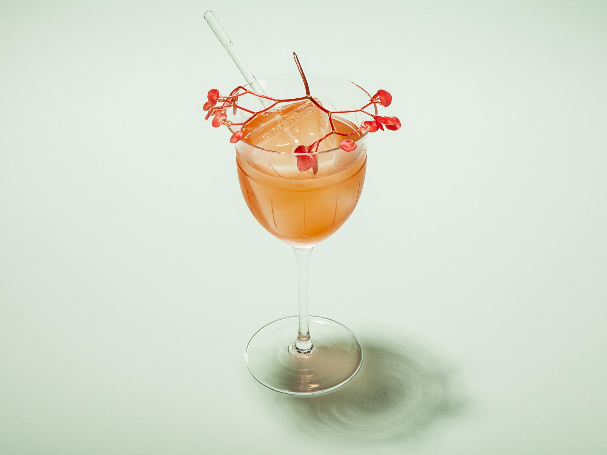 summer cocktails in london, gentlemen's spritz, connaught bar