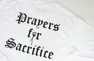 Prayers presenta playeras con Sacrifice en el Raymondstock