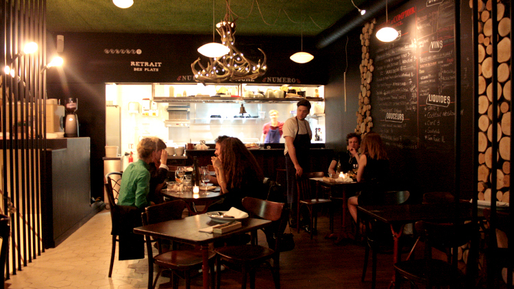 Late-night restaurants in Paris