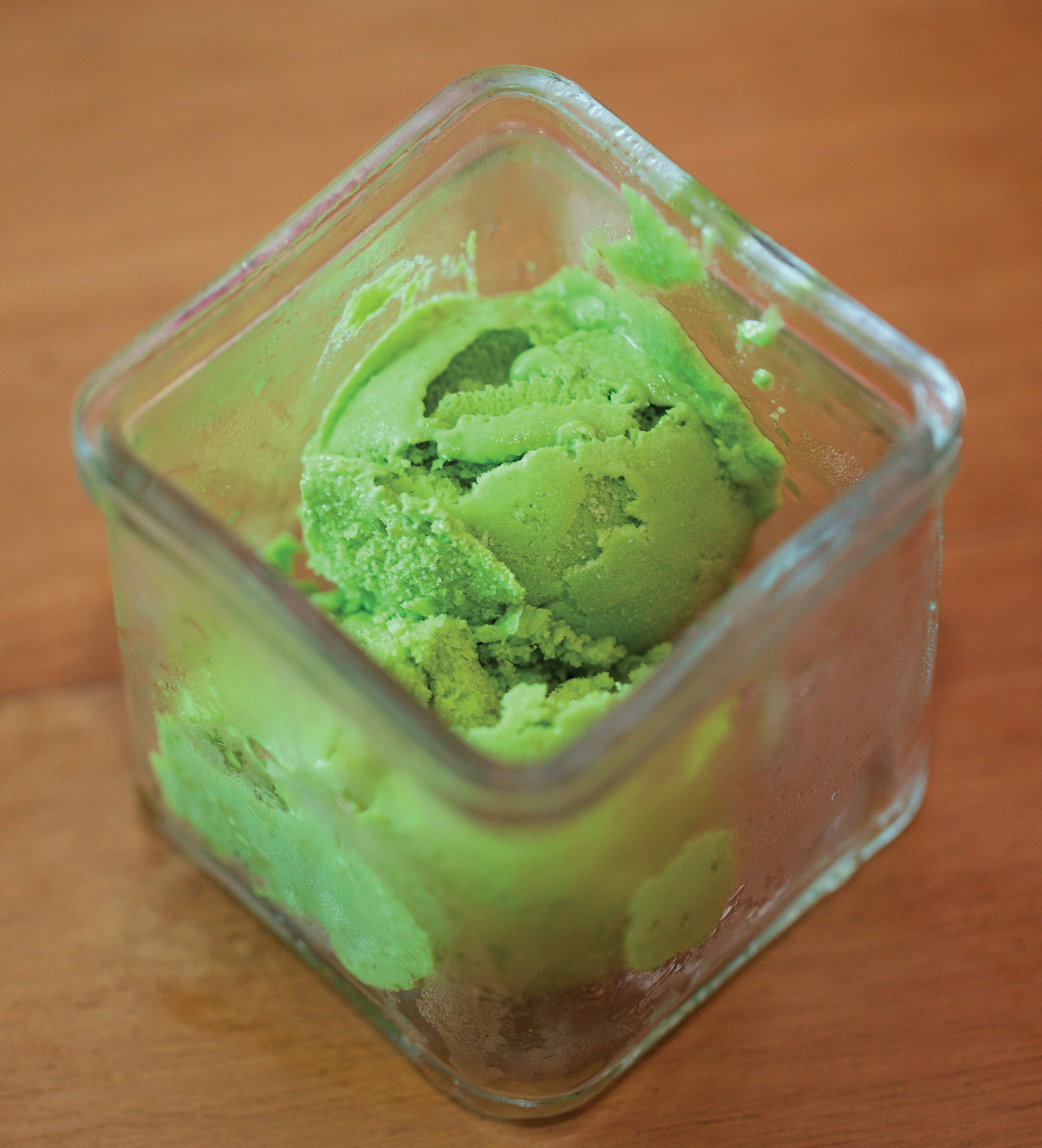 Avocado ice-cream