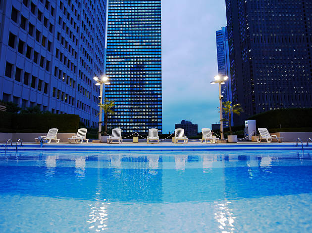 Sky Pool at Keio Plaza Hotel