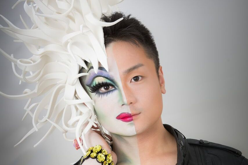 Make-up lessons from a drag queen