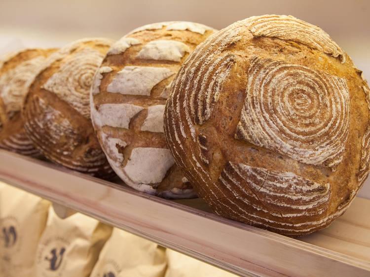 Bakers Panadería y Pastelería