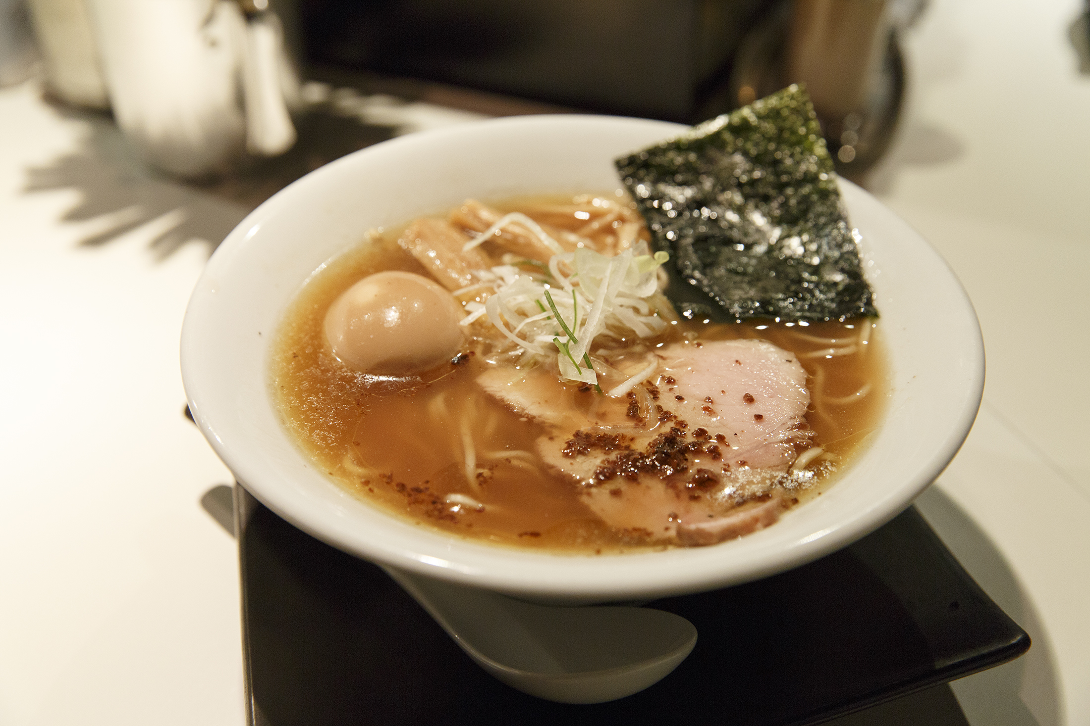 Fill up on clam-flavoured ramen...