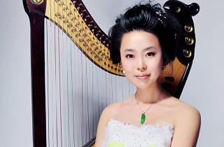 Shot of Wu Lin with her konghou