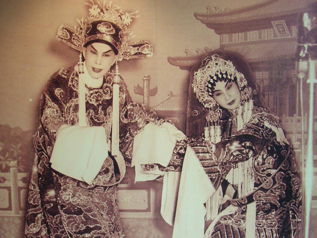 Stage photo of Yam Kim-fai and Bak Sheut-sin