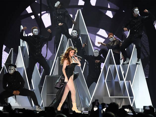 Selena Gomez Revival Tour 02
