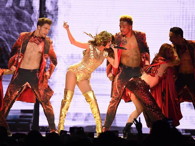 Selena Gomez Revival Tour 03