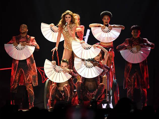 Selena Gomez Revival Tour 04
