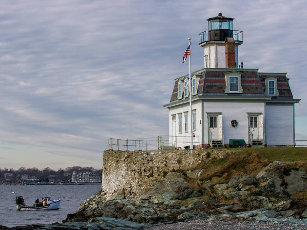 Five dramatic lighthouses that you can rent overnight near NYC